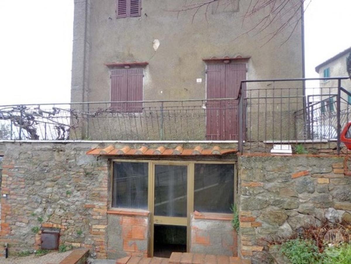 Appartamento a CASOLE D'ELSA in loc. Monteguidi
