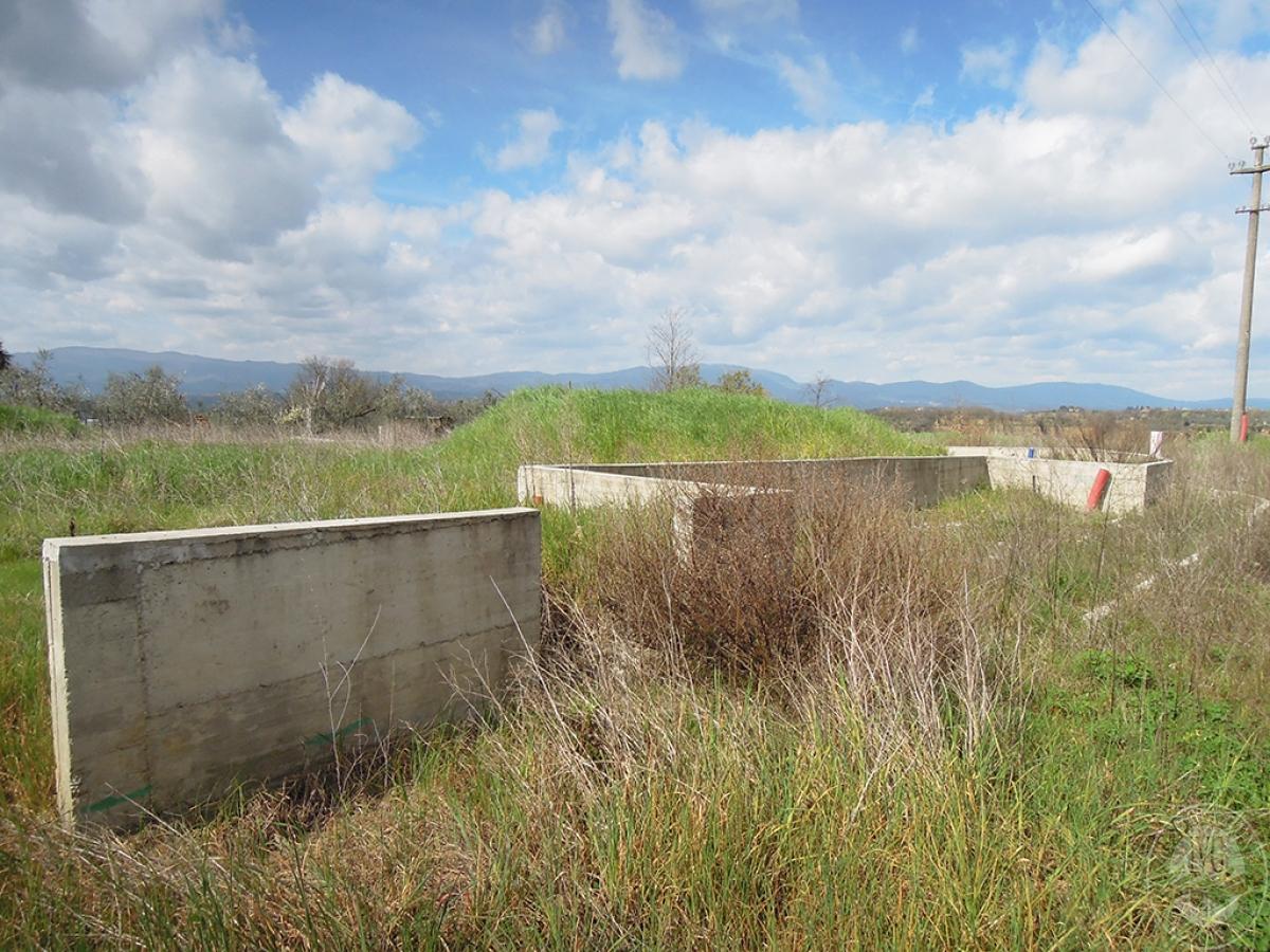 Terreno edificabile a TERRANUOVA BRACCIOLINI in loc. Piantravigne 14