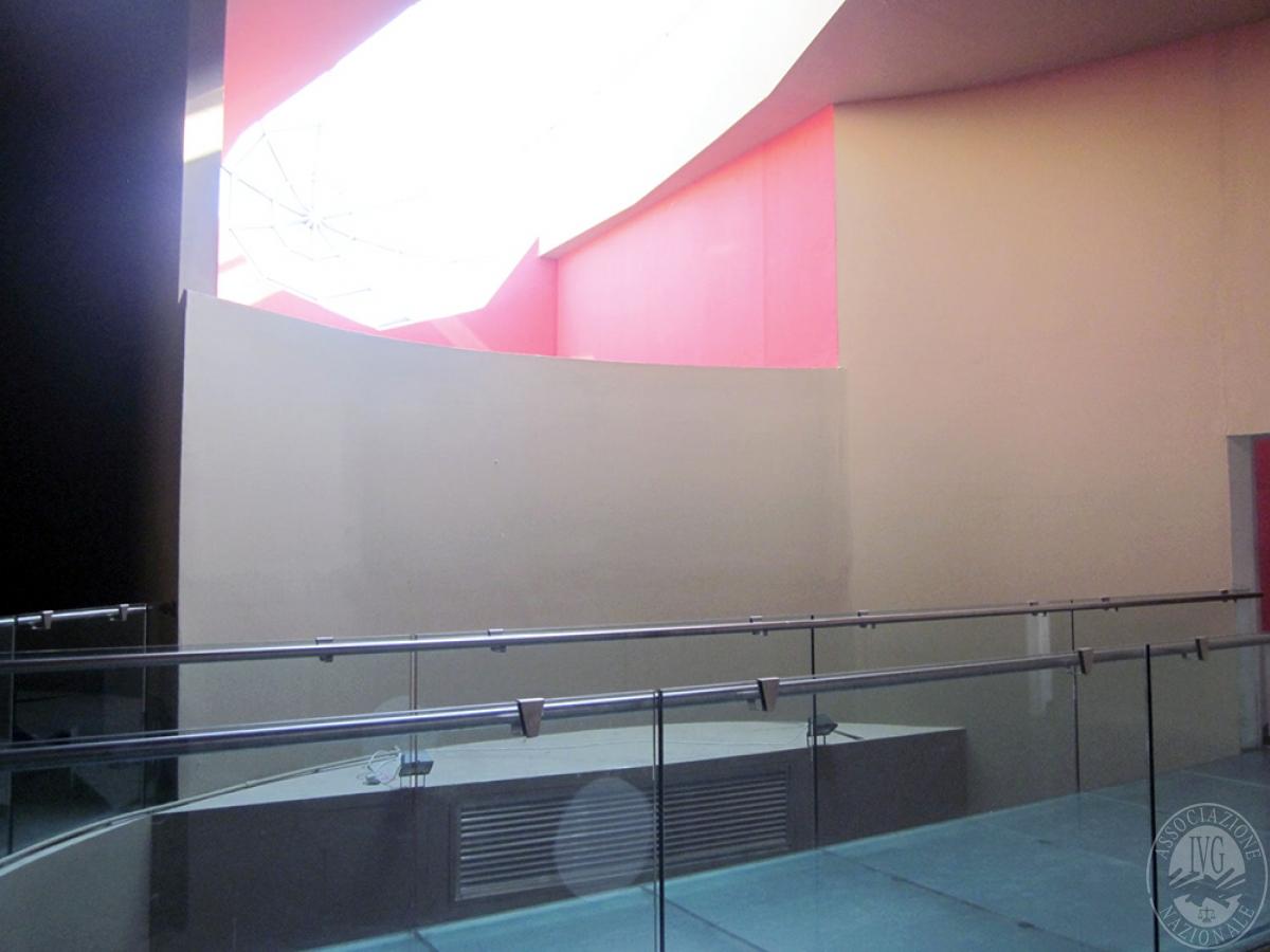 Sala spettacoli, negozio, ristorante a CASTELNUOVO BERARDENGA in loc. Casetta 16