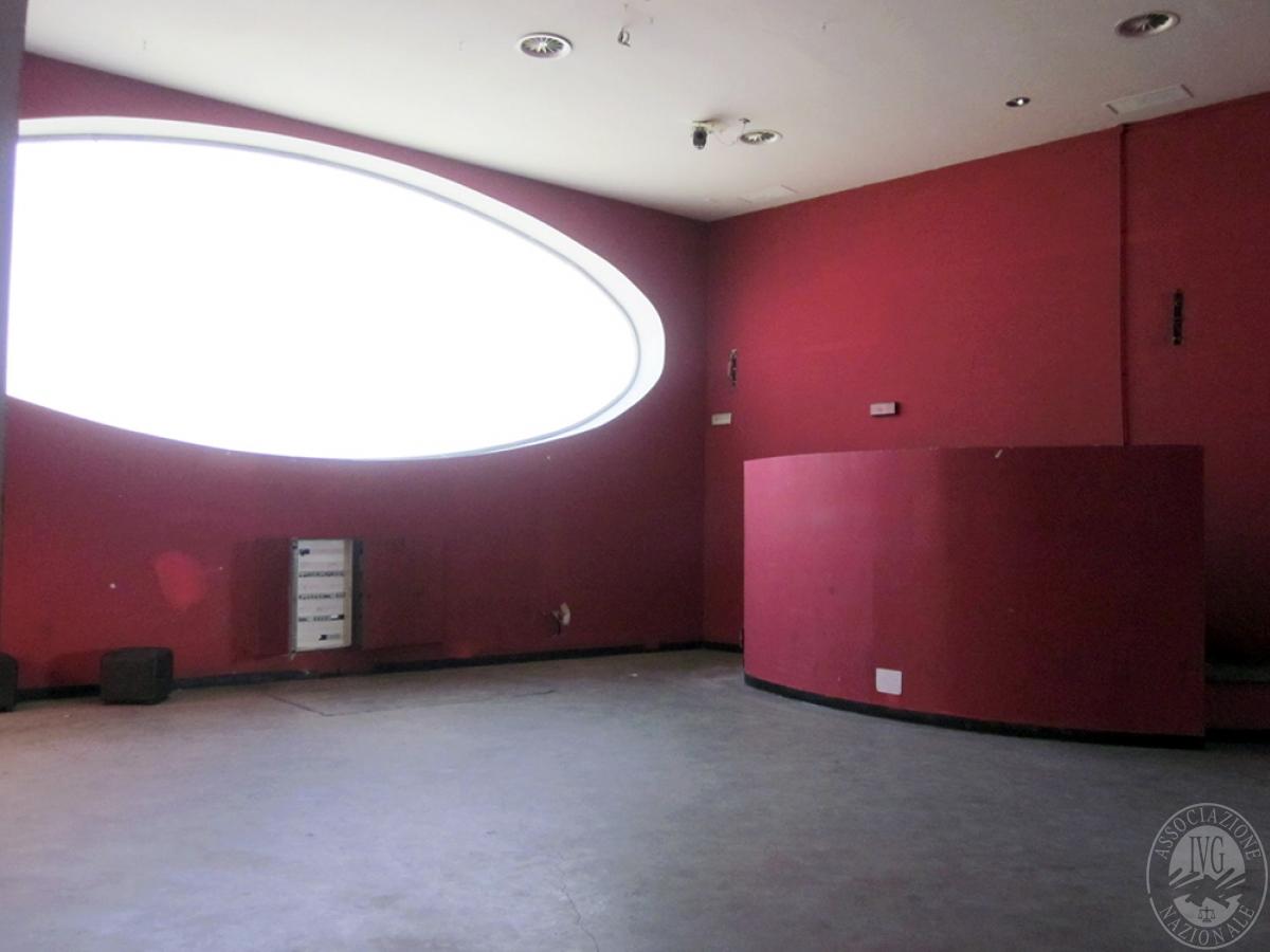 Sala spettacoli, negozio, ristorante a CASTELNUOVO BERARDENGA in loc. Casetta 18