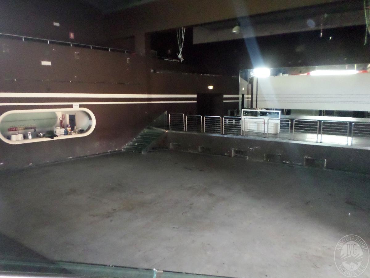 Sala spettacoli, negozio, ristorante a CASTELNUOVO BERARDENGA in loc. Casetta 22